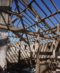 Advice from structural consultants on timber replacement on this traditional roof